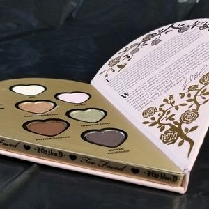 Kat Von D Makeup - Kat Von D / Too Faced eyeshadow Palette